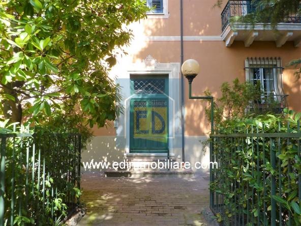 Vendita-appartamento-d'epoca-savona-villetta 03