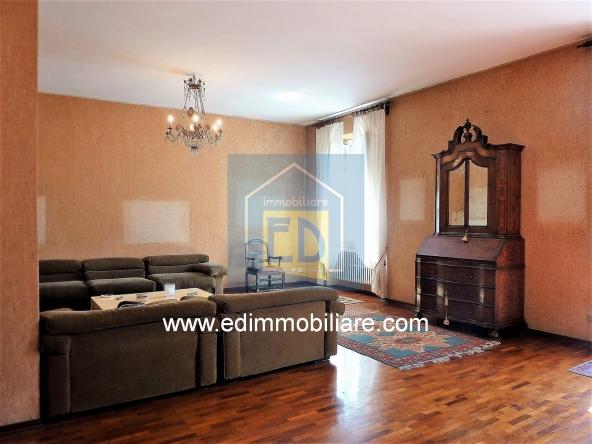 Vendita-appartamento-d'epoca-savona-villetta 12