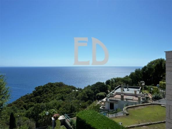 Villa-giardino-frontemare-Bergeggi (46)