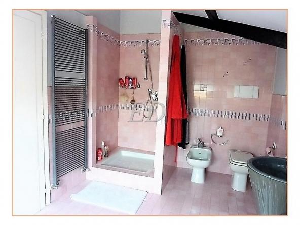 appartamento-bilivello-ultimopiano-savona-viaformica i008