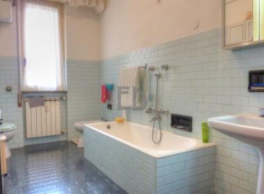 Appartamento-via genova-vista mare (25)a