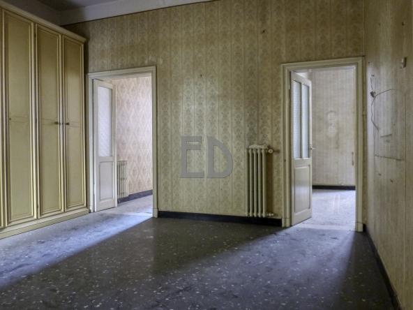 Appartamento-vendita-ristrutturare-Via Barrili (5)