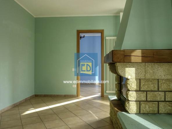 Vendita-Altare-Appartamento-bilivello-in-ordine 001 (2)