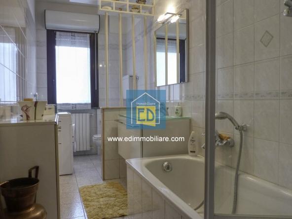 Vendita-Carcare-Appartamento-ultimo-piano-in-ordine 09