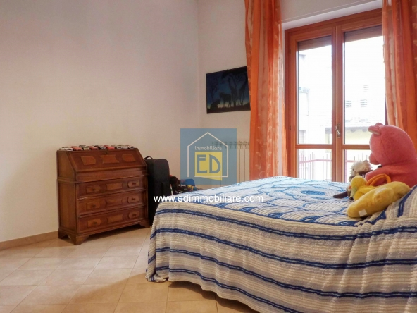 Vendita-appartamento-in-ordine-arredato-cairomontenotte 21