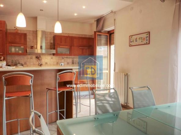 Vendita-appartamento-in-ordine-arredato-cairomontenotte 26