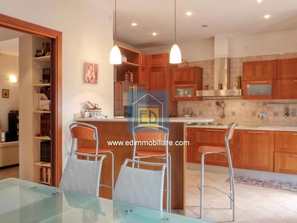Vendita-appartamento-in-ordine-arredato-cairomontenotte 27