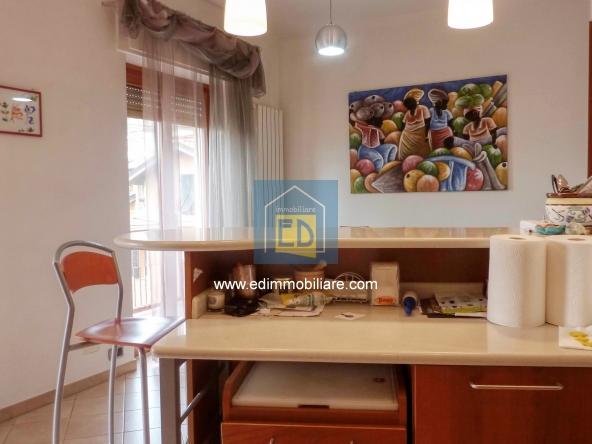 Vendita-appartamento-in-ordine-arredato-cairomontenotte 32